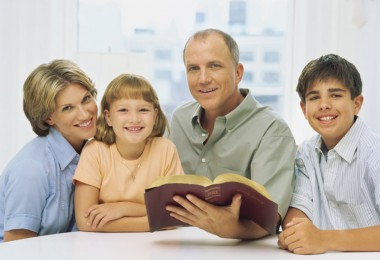 familia-biblia