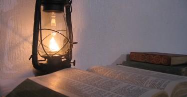 biblia-lampara