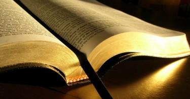 mes_de_la_biblia